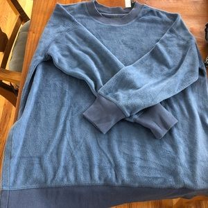 AERIE SUPER FUZZY AND SOFT SWEATER NEVER WORN